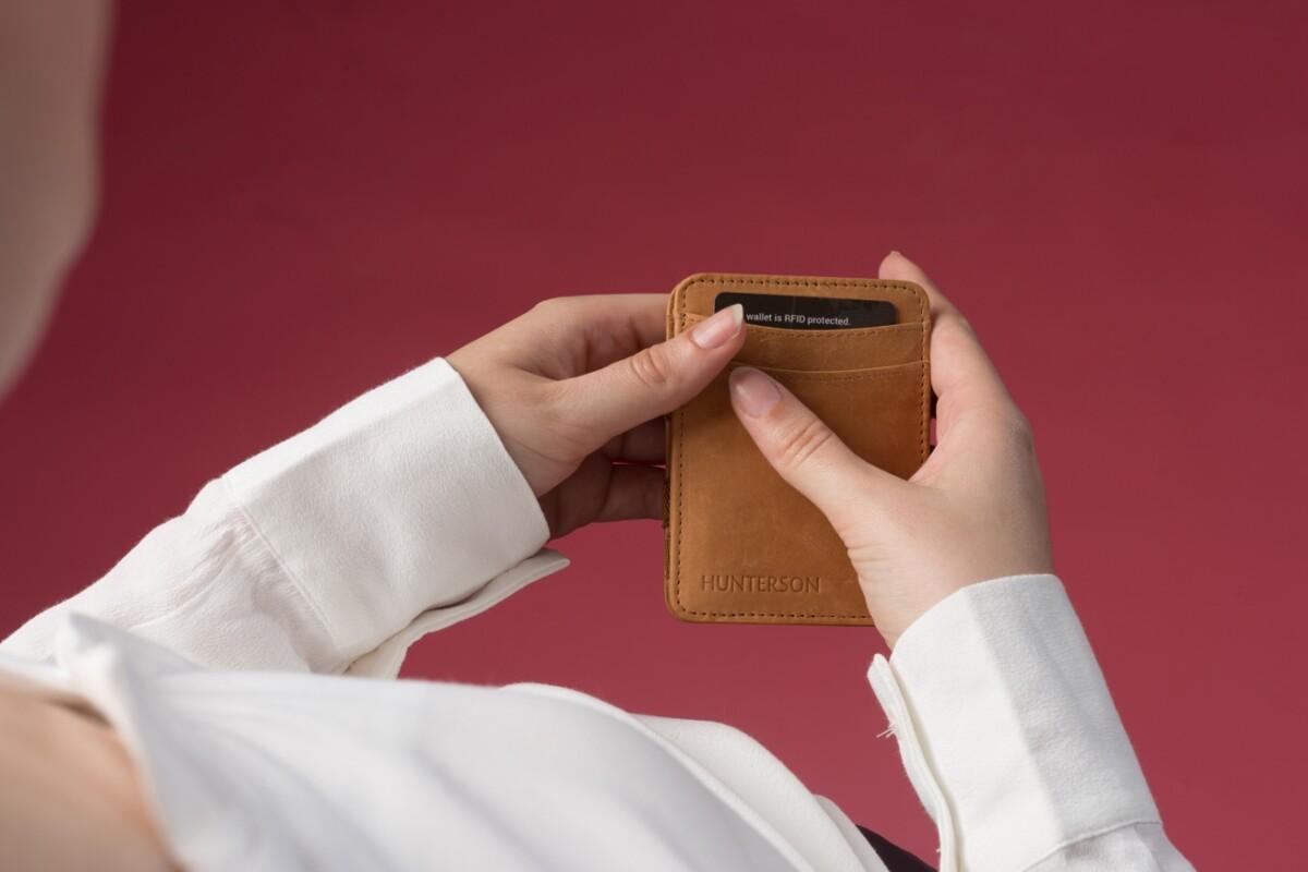 Magic Wallet Cognac